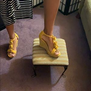 Floral yellow wedges